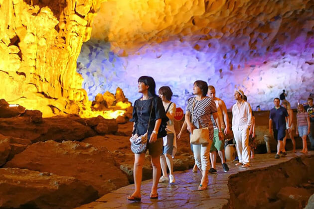 Amazing cave - vietnam holiday packages