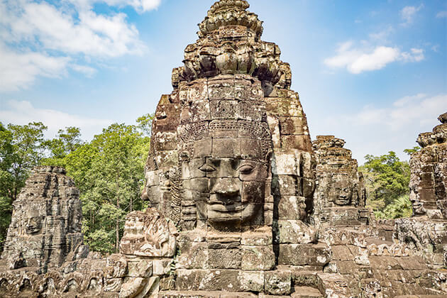 Angkor Wat best destination to visit in Vietnam Cambodia Laos tour package