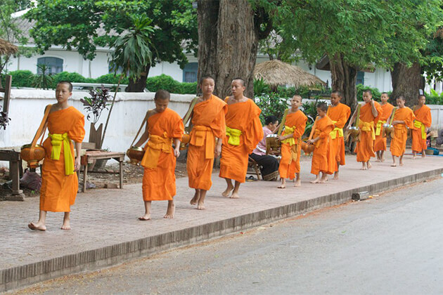 Go Indochina tours from India provides useful Laos travel guide