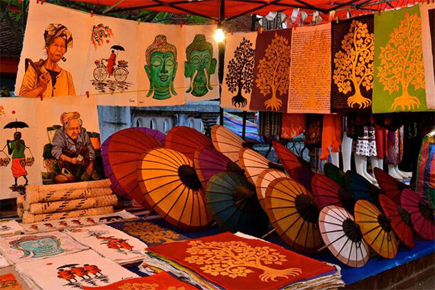 H' mong Night Market from Laos tour package