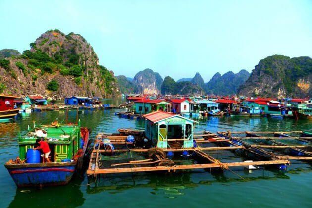 Indochina tour visit Ba Hang Fishing Village