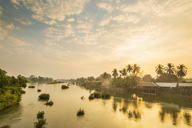 Mekong Rivers in Laos best destination to travel