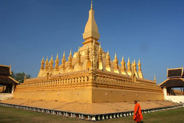 Pha That Luang - vietnam and laos holiday from india