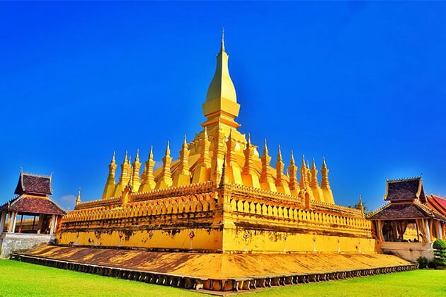 Phat-That-Luang best place to visit in Laos tour from India
