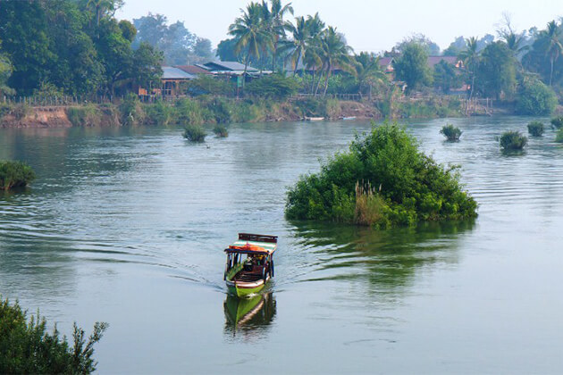 Si Phan Don best spot to visit in Laos