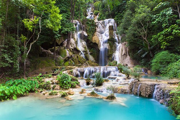 Spectacular view of Kuang Si Water Fall
