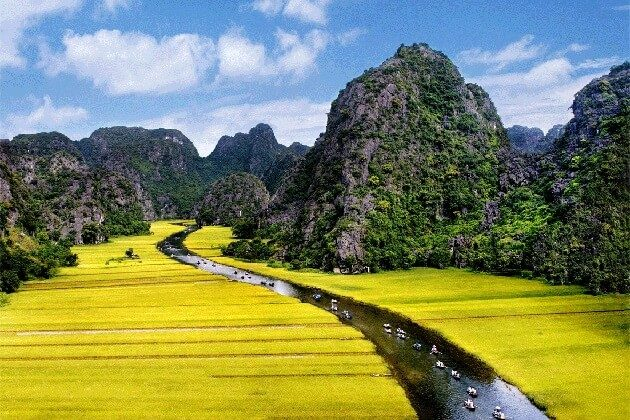Tam Coc in Ninh Binh - Highlight of vietnam tour packages