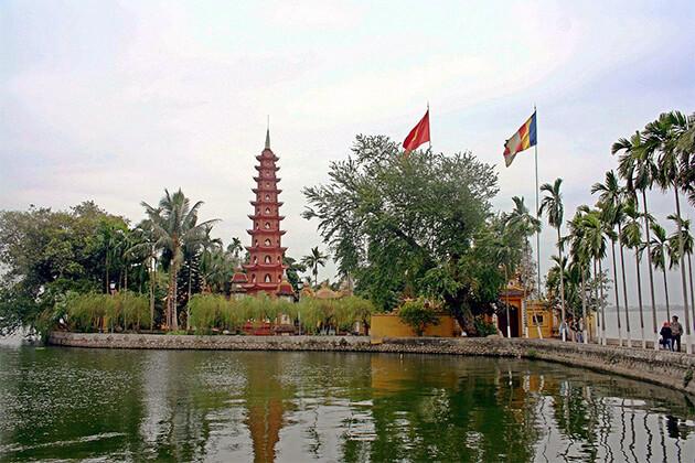 Tran Quoc Pogoda in Vietnam ideal destination in Vietnam Cambodia Laos trip