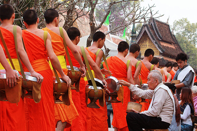 Vietnam Laos Tours