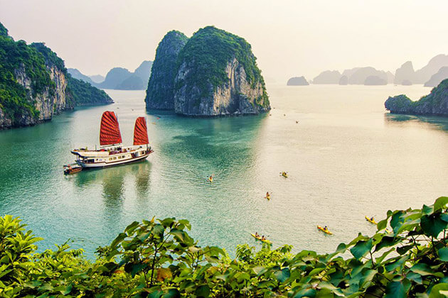 Vietnam travel guide from Indochina tour for Indian
