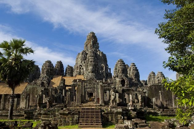 angkor thom in vietnam and cambodia tour package from india