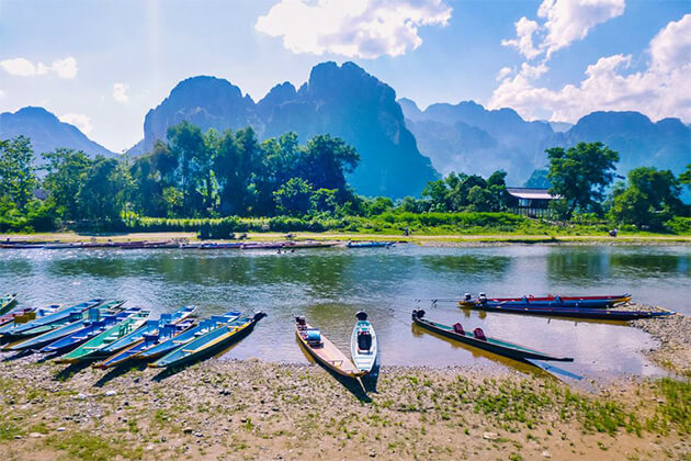 explore vang-vieng best thing to do in Indochina tour packages