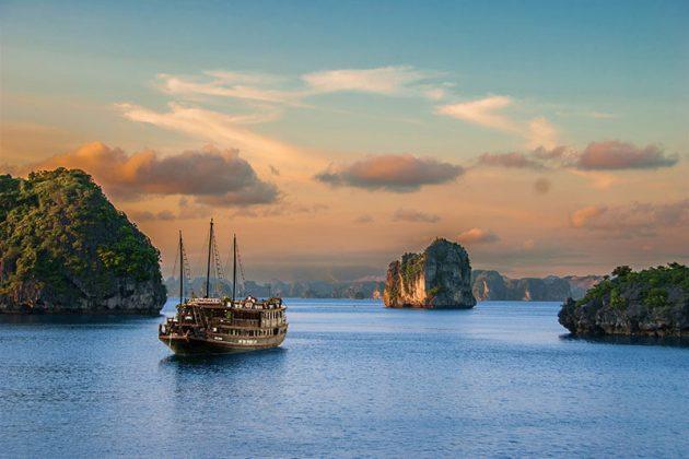 hanoi vietnam tours