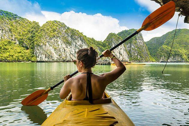 kayak on halong bay