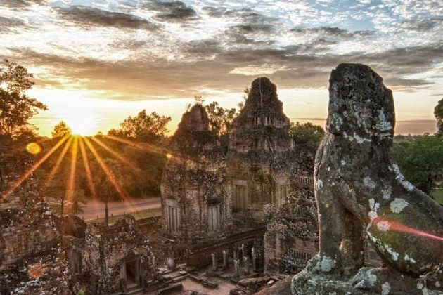 pre rup temple at the sunset