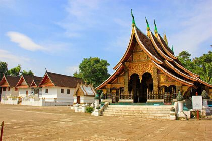 visit Vat Xieng Thong in Indochina tour packages