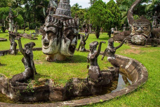 visit buddha park in vientiane