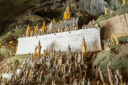 visit pak-ou-cave-buddha-statues